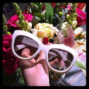 ⭐️ Valentino Rockstud sunglasses ⭐️